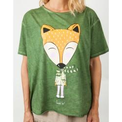 Camiseta-Anabel-Lee-modelo-Zorro